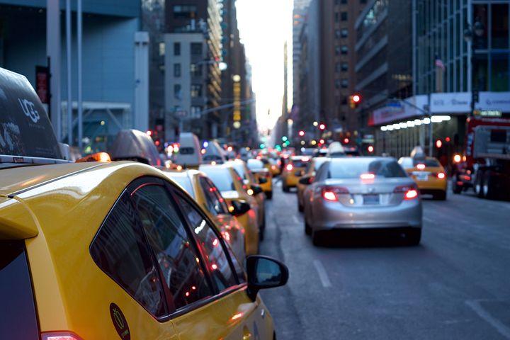 Traffic uber lyft NYC law suspect TLC license