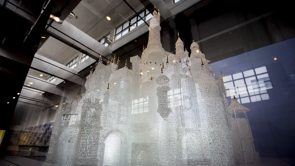 largest-glass-blown-sculpture